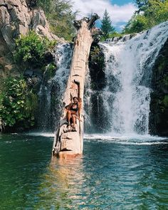 This Swimming Hole In California Has A Cascading Waterfall & A Fallen Tree Staircase - Narcity Vacation Places, Dream Vacations, Vacation Spots, Places To Travel, Places To See, Family Vacations, Family Travel, California Places To Visit, Beautiful Places In California