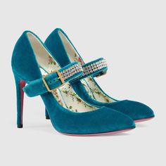 Gucci Velvet pump with crystals Detail 2 Stilettos, Stiletto Pumps, Pointed Toe Pumps, Women's Pumps, Glitter Pumps, Pink Glitter, Black Suede Pumps, Patent Leather Pumps, Boots