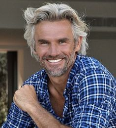 Trendy hairstyles for men with beards silver foxes Modern Hairstyles For Older Men, Professional Hairstyles For Men, Haircuts For Men, Trendy Hairstyles, Mens Grey Hairstyles, Glasses Hairstyles, Hairstyles 2018, Wedding Hairstyles, Hair And Beard Styles