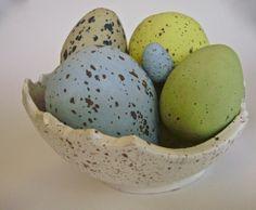 Ceramic eggs speckled