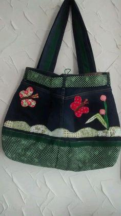 Denim Tote Bags, Jean Crafts, Recycled Denim, Handicraft, Dapper, Purses And Bags, Coin Purse, Shoulder Bag, Handbags