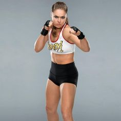 """Check out photos of the """"Rowdy"""" Roddy Piper-inspired ring gear """"Rowdy"""" Ronda Rousey wore into battle for her WWE in-ring debut at WrestleMania Ronda Rousey Wwe, Ronda Jean Rousey, Mma Academy, Divas Wwe, Rowdy Ronda, Fighting Poses, Wwe World, Badass Women, Wwe Superstars"""