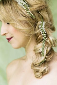 Fall Wedding Hairstyles 16