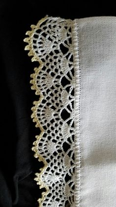 Captivating Crochet a Bodycon Dress Top Ideas. Dazzling Crochet a Bodycon Dress Top Ideas. Crochet Edging Patterns, Crochet Lace Edging, Crochet Diy, Easy Crochet Projects, Crochet Borders, Tatting Patterns, Love Crochet, Beautiful Crochet, Crochet Designs