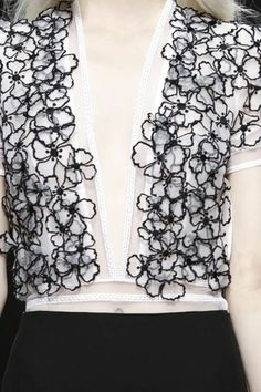 Delicate sheer top with dainty embroidered flower applique; black & white fashion details // Blumarine S/S 2015 Couture Details, Fashion Details, Fashion Design, Couture Fashion, Runway Fashion, Womens Fashion, Black White Fashion, Flower Applique, Fabric Manipulation