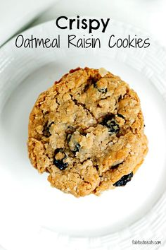 Crispy Oatmeal Raisin Cookies - belle vie