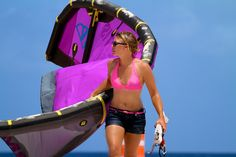 Kiteboarding fun on the beach   9media