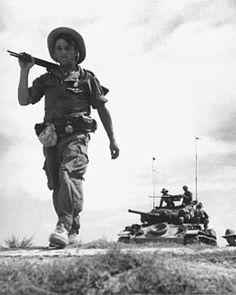 La guerre d'Indochine(1946-1954) en Indochine française Victoire vietminh et accords de Genève Fin de la Fédération indochinoise (1954) et de la présence française en Indochine (1956) Indépendance du Viet Nam, du Cambodge et du Laos