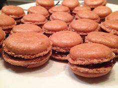 Baklavaria Café: Macaron 2.0 - A tökéletes macaron Macarons, Hamburger, Bread, Cookies, Desserts, Food, Crack Crackers, Tailgate Desserts, Deserts