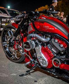Harley Davidson News – Harley Davidson Bike Pics Moto Bike, Bobber Motorcycle, Cool Motorcycles, Motorcycle Design, Motorcycle Style, Vintage Motorcycles, Vrod Custom, Custom Harleys, Harley Bikes