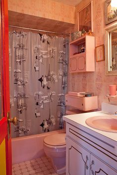Cullen Meyer, Crown Prince of Kitsch - 40 photos. 50s BathroomMid ...