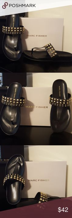 New Womens Marc Fisher Blk Leather Sandals Size 8 NEW w/ box. Womens size 8.The Marc Fisher Samba Sandals feature a Leather upper with a Open Toe. The Man-Made outsole lends lasting traction and wear. Marc Fisher Shoes Sandals
