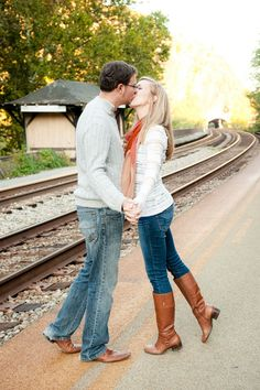 Historic Harper's Ferry Engagement Photo Ideas at Train Station | Kelly Ewell Photography