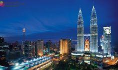 Menara Petronas - Inilah Tempat Wisata Di Malaysia Yang Paling Megah