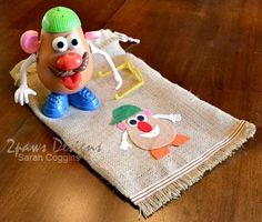 "Overflowing with Mr. Potato Head parts? Make an easy ""potato sack"" style parts bag using burlap, felt & ribbon to contain Mr Potato Head and all of his parts. 