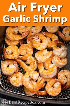 Easy shrimp in air fryer with garlic and lemon. This air fried shrimp comes out perfect, crisp and super quick in under 15 minutes. Best shrimp in air fryer Air Fryer Oven Recipes, Air Frier Recipes, Air Fryer Dinner Recipes, Shrimp Recipes For Dinner, Shrimp Recipes Easy, Garlic Shrimp Recipes, Air Fried Shrimp Recipe, Air Fryer Recipes Shrimp, Prawn Recipes