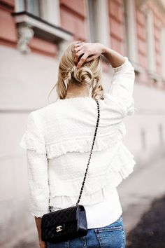 Casual outfit with blue jeans, classy white blazer and a Chanel bag - Anna Pauliina, Arctic Vanilla blog.