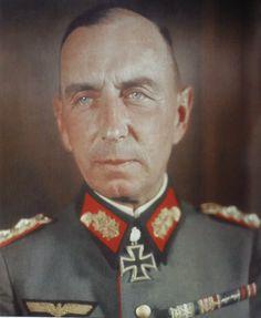 ■ GdI Friedrich Mieth (1888-1944) RKE KG IV.Armeekorps - Fuente: Eichenlaubträger 1940-1945, Zeitgeschichte in Farbe II,  Fritjof Schaulen; pág. 106