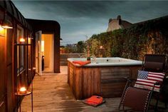 jacuzzi on the roof