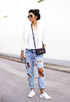 Outfit | White on White   Ripped Jeans