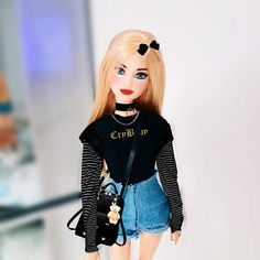 Had face like an angel but inside my heart was as black as a broke movie screen. Bad Barbie, Barbie Mode, Barbie Dolls, Barbie Summer, Cool Fire, Barbie Fashionista Dolls, Angel Eyes, Summer Wear, Fashion Dolls