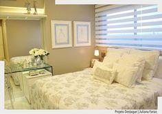 Compacto e elegante!! Assim definimos este quarto com mobiliário predominantemente neutro. By Juliana Farias. Ad #arquiteturadecoracao #adquarto #quarto #quartodecasal #olioli_lifestyle