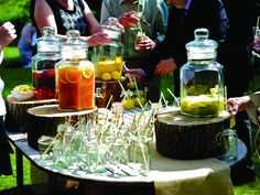 14 super stylish drinks bar ideas you'll want for your spring/summer wedding! •…