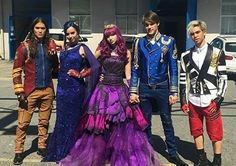 New Descendants 2 behind the scenes.