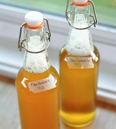 DIY Kombucha.  Gross.  I prefer to buy it so I don't know what's in it or how it's made.  Kind of like bacon or chicken.