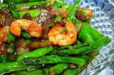 Welcome to Mely's  kitchen...the place of glorious and healthy  foods: Asparagus with Oyster Sauce