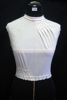 36 Ideas Origami Fashion Fabric Manipulation Pattern For 2019 fashion details Moda Origami, Origami Mode, Origami Folding, Origami Art, Fashion Fabric, Diy Fashion, Ideias Fashion, Fashion Design, Fashion Ideas