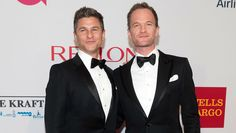 Pin for Later: Here's the Entire Cast of Freak Show, American Horror Story's Fourth Season Neil Patrick Harris and David Burtka David Burtka, American Horror Story Seasons, Neil Patrick Harris, How I Met Your Mother, Season 4, Funeral, Breakup, Photo Galleries, It Cast