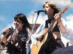 Heart, Anne & Nancy Wilson, October 1976