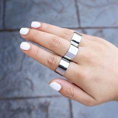 White nails + silver Asos rings