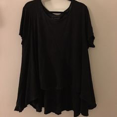 Free People Circle In the Sand Tee XS/S Free People Circle In the Sand Tee. Washed Black. XS/S. Free People Tops Tees - Short Sleeve