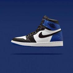741a31166394 FRAGMENT DESIGN × NIKE AIR JORDAN 1 RETRO BLACK SPORT ROYAL-WHITE  sneaker