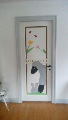 Påske-dørpynt Kids Rugs, Frame, Home Decor, Creative, Picture Frame, Frames, A Frame, Home Interior Design, Decoration Home