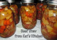 Welcome to Kat's Canning Tidbits I hope you enjoy your visit! Tomato Beef Stew, Easy Beef Stew, Hamburger Stew, Dukan Diet Recipes, Beef Recipes, Cooking Recipes, Jar Recipes, Pressure Canning Recipes, Home Canning Recipes
