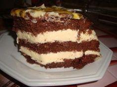 A combinação chocolate com maracujá é perfeita. O bolo mousse de maracujá com chocolate traz essa deliciosa combinação que agrada a todos os paladares. Voc
