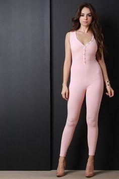 Ribbed Knit Button Up V-Neck Jumpsuit – Style Lavish Beautiful Girl Image, Beautiful Models, Gorgeous Women, Tight Dresses, Sexy Dresses, Girls Dresses, Beauty Full Girl, Beauty Women, Foto Glamour
