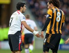 Luis Suarez and Tom Huddlestone have words during the game - #Hull City Quiz  - #Hull