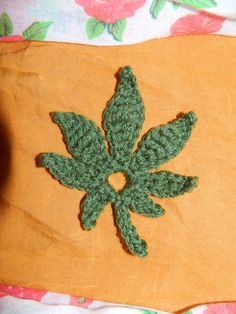 Pattern Only Crochet Marijuana Weed Leaf Motif by UnicornLincoln Crochet Squares, Crochet Motif, Crochet Designs, Crochet Patterns, Crochet Hats, Leaf Patterns, Crochet Appliques, Crochet Ideas, Fleece Hats