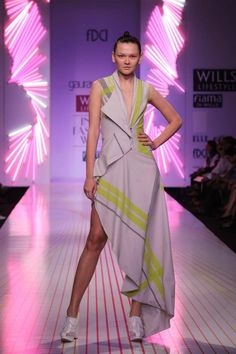 Scarlet Bindi - South Asian Fashion: Wills Lifestyle Fashion Week Spring/Summer 2013: Day 3