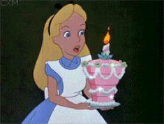 Alice in Wonderland Happy Birthday cake (gif) Happy Birthday Disney Princess, Happy Birthday Rainbow, Best Birthday Wishes, Happy Birthday Messages, Birthday Greetings, Birthday Cake Gif, Girl Birthday, Birthday Memes, Birthday Cards