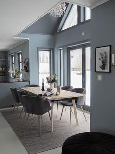 Decor Interior Design, Interior Decorating, Wood Table, Dining Table, Neutral, Scandinavian Interior, Kitchenaid, Home Art, Decoration