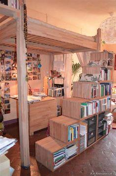 Foto - Soppalco YEN in legno massello + struttura scala/libreria
