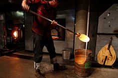 Chihuly glassmaking //