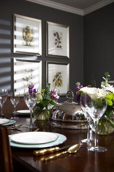 Dinner Table setting, gold bamboo flatware // Regan Bailey Interiors