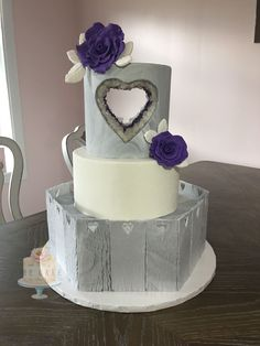 carved out wedding cake with crackle effect and geode.