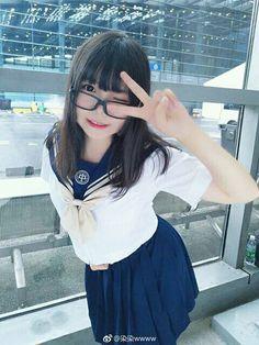 Asianilicious. Asian Cute, Cute Asian Girls, Cute Girls, Cute Japanese Girl, Japanese School, Cute Kawaii Girl, Anime Triste, Cute School Uniforms, Japan Girl